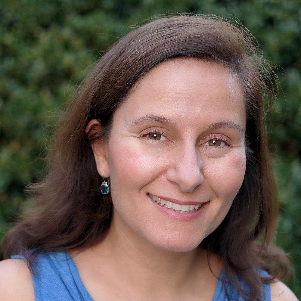 Angela Knapp